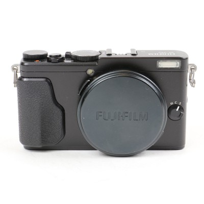 Save £60 at WEX Photo Video on Used Fuji X70 Digital Camera - Black