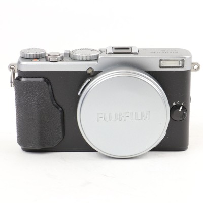 Save £60 at WEX Photo Video on Used Fuji X70 Digital Camera - Silver