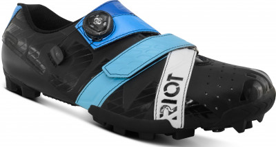 Save £18 at Halfords on Riot Mtb + Boa Cycling Shoe Black / Blue