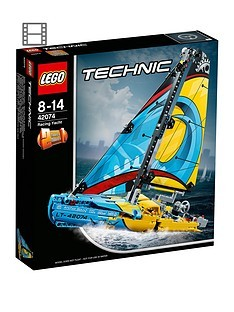 Save £5 at Very on LEGO Technic 42074 Racing Yacht