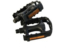 Save £1 at Evans Cycles on M:Part Standard Plastic Pedals - 9 / 16 inch thread