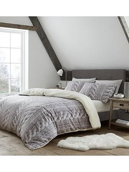 Save £15 at Very on Catherine Lansfield Cable Knit Fleece Duvet Cover Set