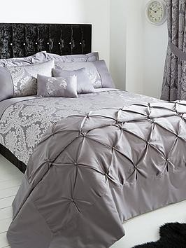 Save £16 at Very on Boston Jacquard Duvet Cover Set - Super King