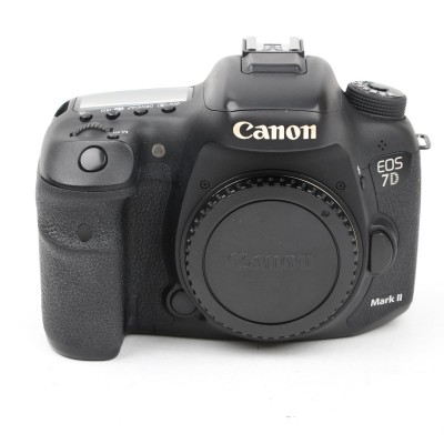 Save £74 at Wex on Used Canon EOS 7D Mark II Digital SLR Camera Body