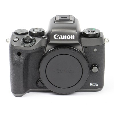 Save £76 at Wex on Used Canon EOS M5 Digital Camera with 18-150mm Lens Kit