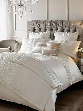 Save £10 at Very on Kylie Minogue Felicity Duvet Cover