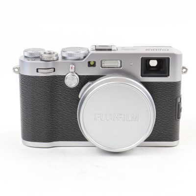 Save £90 at WEX Photo Video on Used Fujifilm X100F Digital Camera - Silver